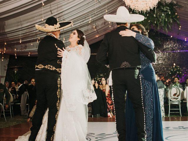 La boda de Alfonso y Alejandra en Pátzcuaro, Michoacán 138