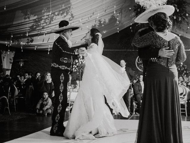 La boda de Alfonso y Alejandra en Pátzcuaro, Michoacán 140