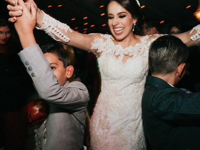 La boda de Alfonso y Alejandra en Pátzcuaro, Michoacán 147