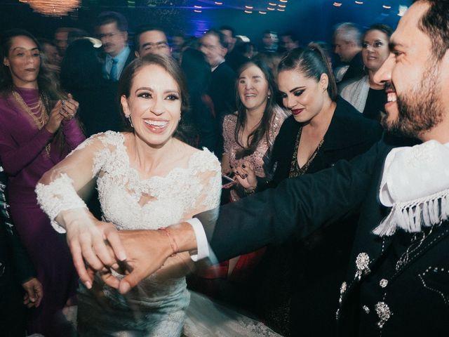 La boda de Alfonso y Alejandra en Pátzcuaro, Michoacán 162