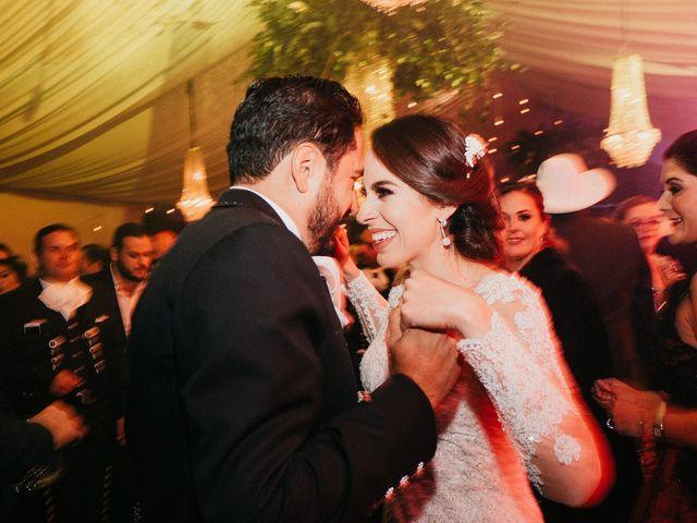 La boda de Alfonso y Alejandra en Pátzcuaro, Michoacán 165
