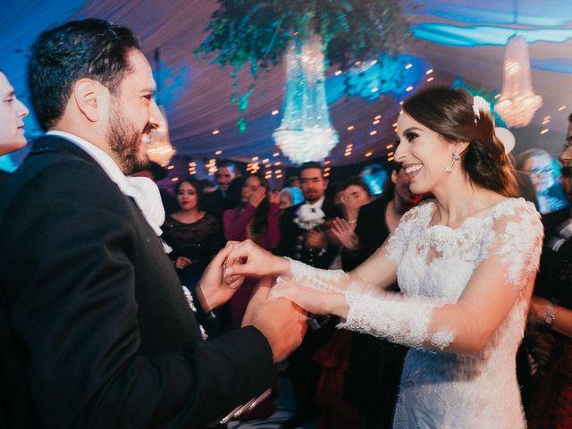 La boda de Alfonso y Alejandra en Pátzcuaro, Michoacán 166