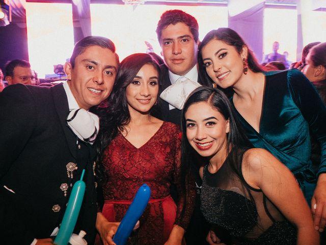 La boda de Alfonso y Alejandra en Pátzcuaro, Michoacán 173