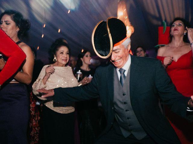 La boda de Alfonso y Alejandra en Pátzcuaro, Michoacán 176