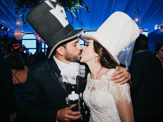 La boda de Alfonso y Alejandra en Pátzcuaro, Michoacán 189
