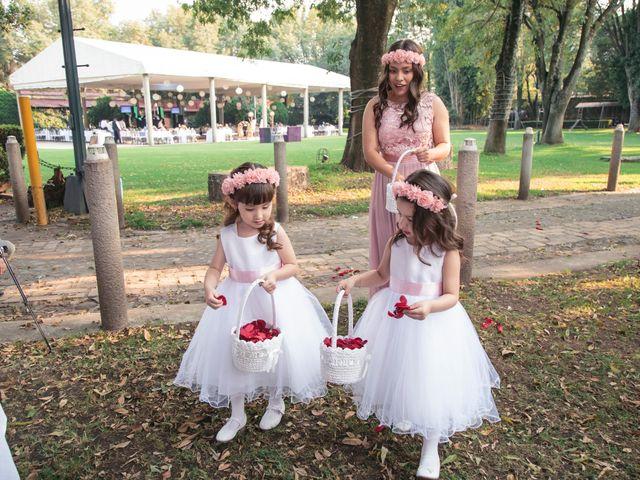 La boda de Oscar y Mariana en Coyoacán, Ciudad de México 13