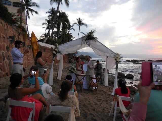 La boda de Christian  y Fabiola en Puerto Vallarta, Jalisco 4