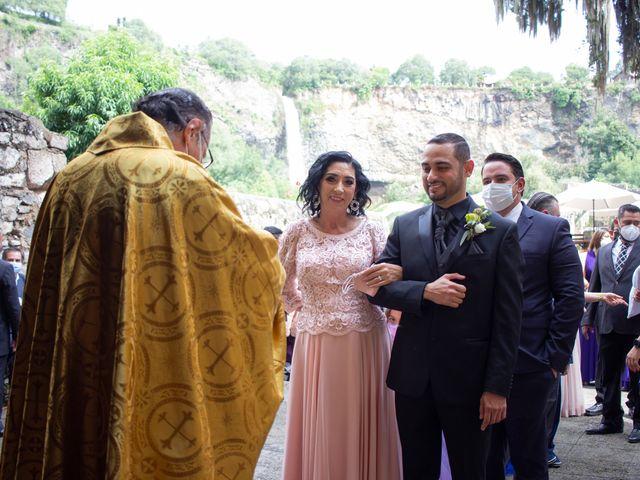 La boda de Oscar y Iris en Huasca de Ocampo, Hidalgo 15