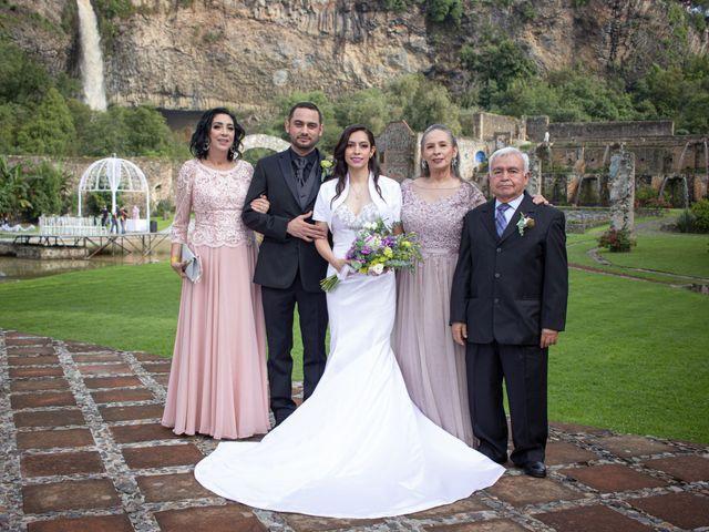 La boda de Oscar y Iris en Huasca de Ocampo, Hidalgo 64