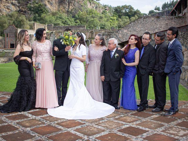 La boda de Oscar y Iris en Huasca de Ocampo, Hidalgo 66