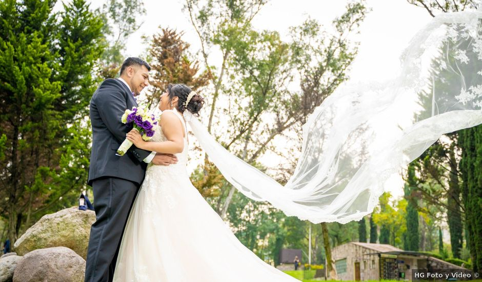 La boda de Edgar y Jocelyn en Cuautitlán Izcalli, Estado México