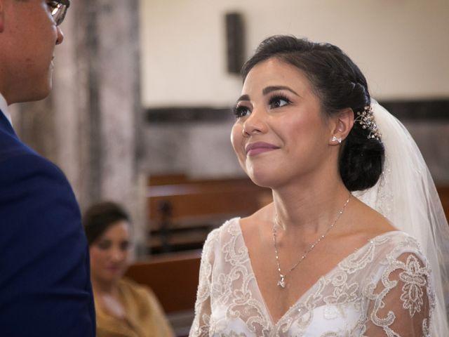 La boda de Pablo y Iris en Uruapan, Michoacán 10