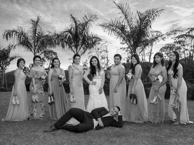 La boda de Pablo y Iris en Uruapan, Michoacán 37