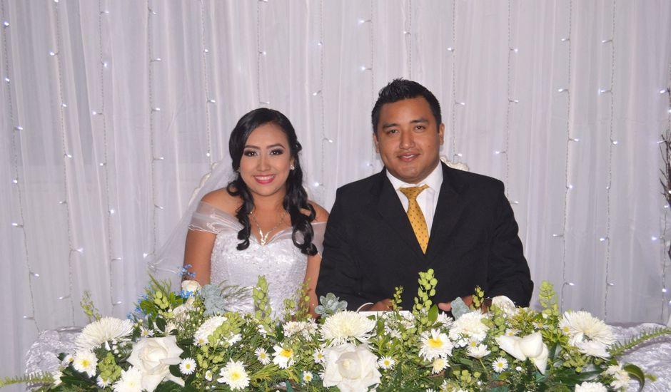 La boda de Sebastián y Sandy en Comalcalco, Tabasco