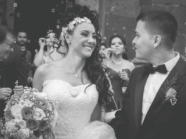La boda de Carlos y Sandra en Guadalajara, Jalisco 68