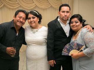 La boda de Lupita  y Erick 3