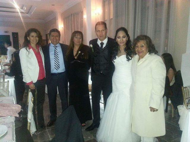 La boda de Fernando y Rocio en Toluca, Estado México 17
