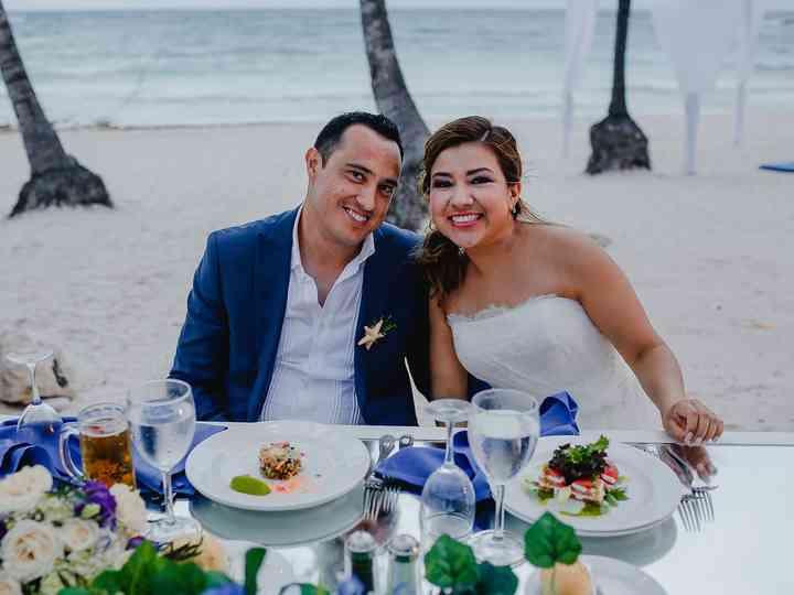 La boda de Rosario y Efraín
