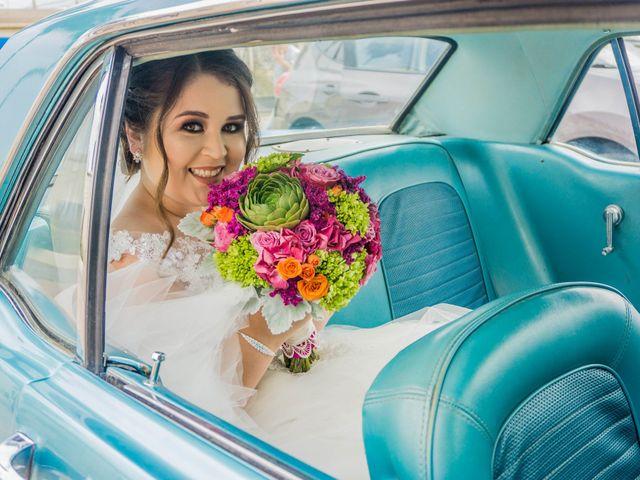 La boda de Juan Carlos y Lorena en Ensenada, Baja California 10