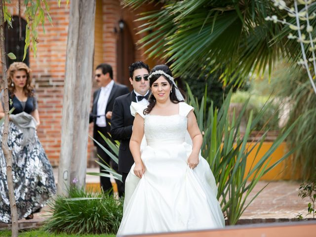 La boda de Fernando y Adriana en Chapala, Jalisco 11