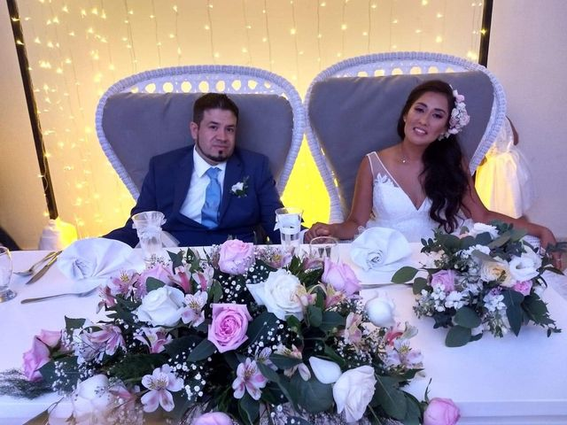 La boda de Esthela y Samy