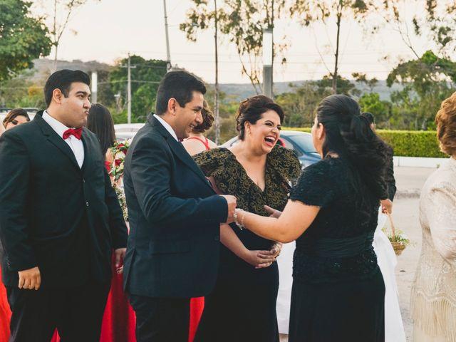 La boda de Paco y Issa en Tuxtla Gutiérrez, Chiapas 21