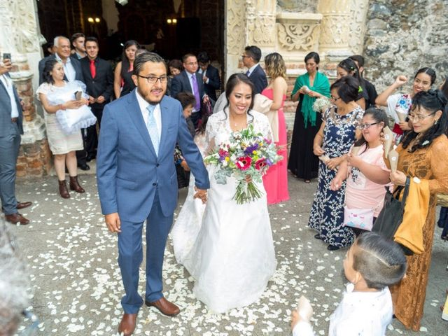 La boda de Víctor  y Claudia  en Huasca de Ocampo, Hidalgo 1