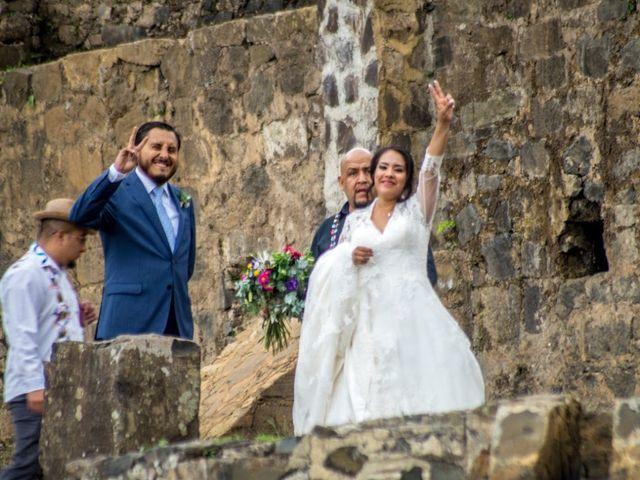 La boda de Víctor  y Claudia  en Huasca de Ocampo, Hidalgo 10