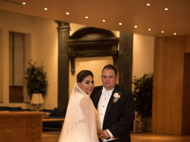 La boda de Carlos y Lorena en Cuauhtémoc, Ciudad de México 34