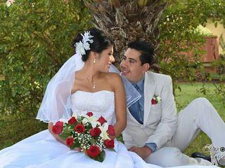 La boda de Cinthya y Manuel 3