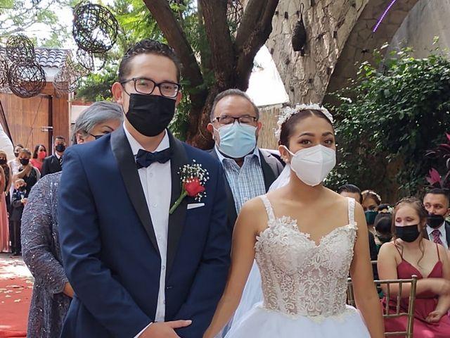 La boda de Daniel Valentín  y Julia Erandy  en Coacalco, Estado México 5