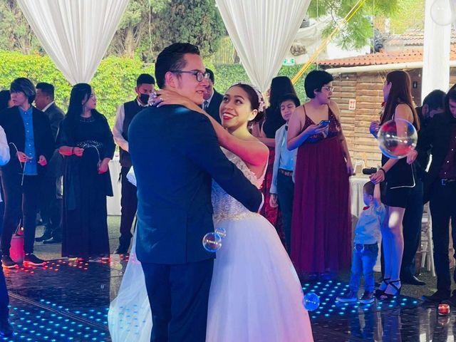 La boda de Daniel Valentín  y Julia Erandy  en Coacalco, Estado México 11