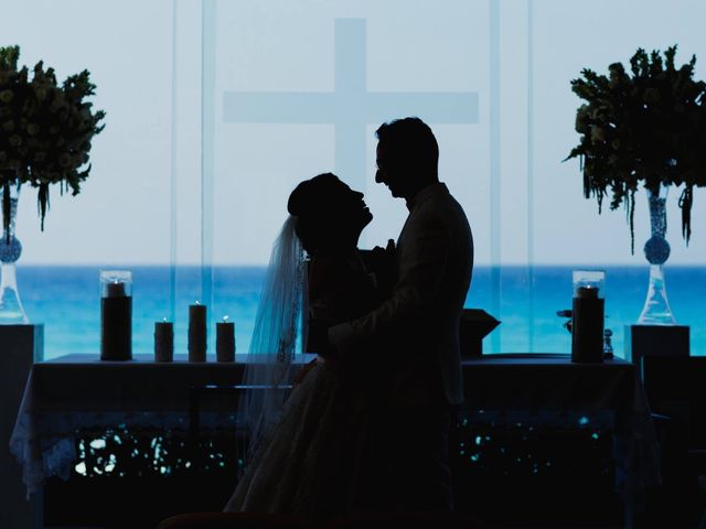La boda de Miguel  y Lizzy en Cancún, Quintana Roo 2