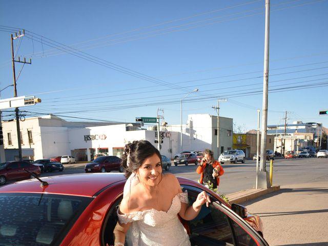 La boda de Jonathan y Alexsandra en Chihuahua, Chihuahua 28
