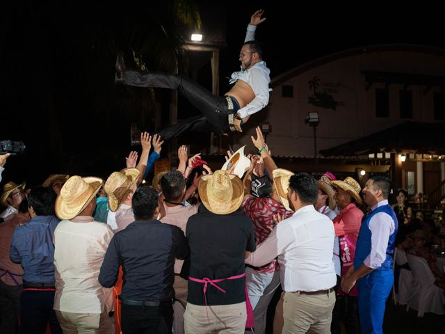 La boda de Jonathan Iván y Samantha en Ixtapa Zihuatanejo, Guerrero 46