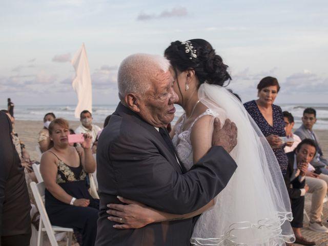 La boda de Erik y Alejandra en Acapulco, Guerrero 6