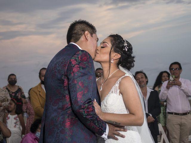 La boda de Erik y Alejandra en Acapulco, Guerrero 12