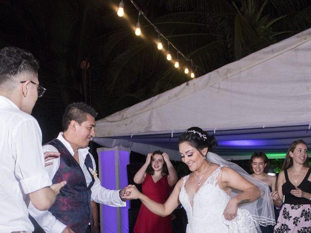 La boda de Erik y Alejandra en Acapulco, Guerrero 15