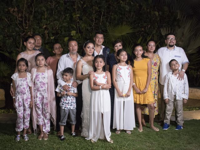 La boda de Erik y Alejandra en Acapulco, Guerrero 23