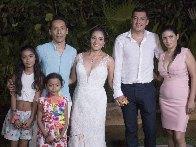 La boda de Erik y Alejandra en Acapulco, Guerrero 25