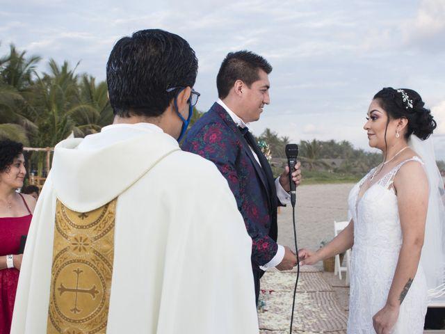 La boda de Erik y Alejandra en Acapulco, Guerrero 29