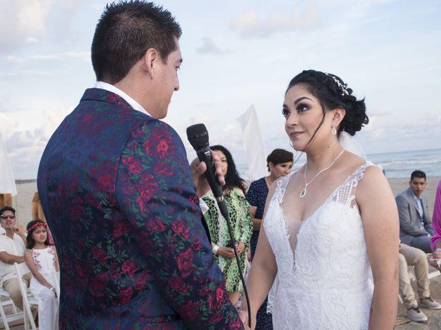 La boda de Erik y Alejandra en Acapulco, Guerrero 30
