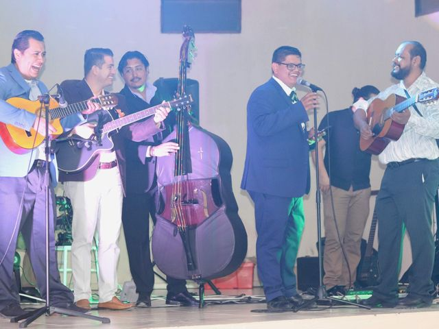 La boda de Alex y Sandy en Tonalá, Jalisco 2