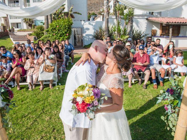 La boda de Sean y Elizabeth en Rosarito, Baja California 3