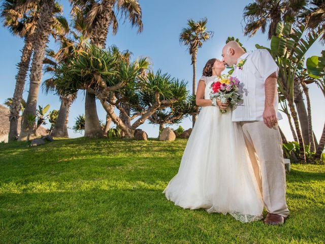 La boda de Sean y Elizabeth en Rosarito, Baja California 6