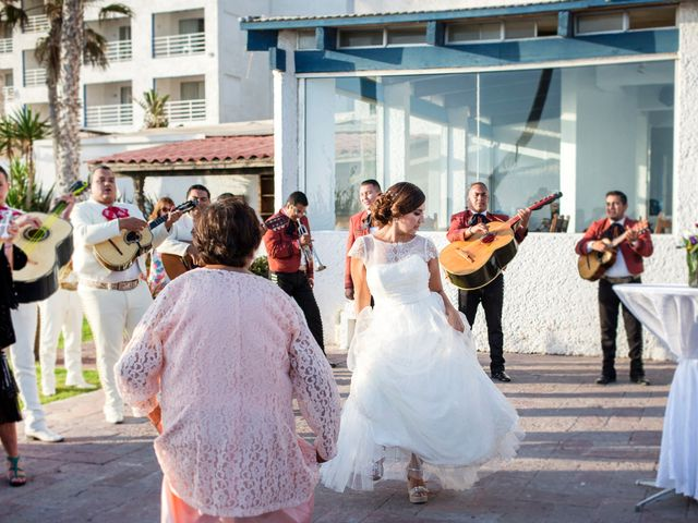 La boda de Sean y Elizabeth en Rosarito, Baja California 14