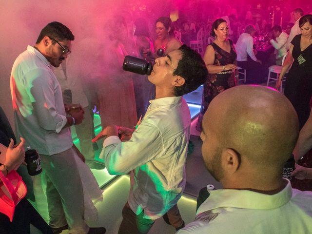 La boda de Arturo y Gaby en Cancún, Quintana Roo 21