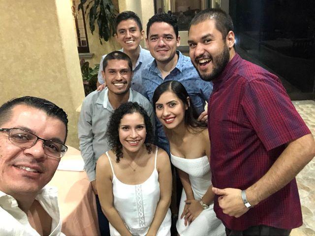 La boda de Carlos  y Yadira en Puerto Vallarta, Jalisco 13