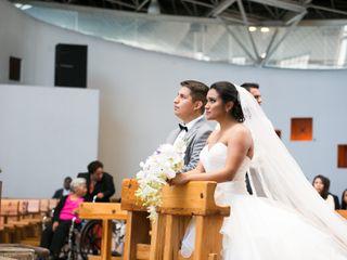 La boda de Nayeli y Benito 3
