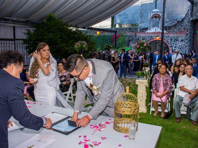 La boda de Marco y Yuliana en Xochimilco, Ciudad de México 35